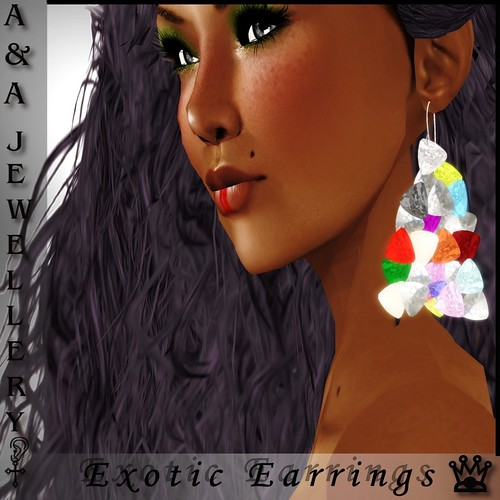 A&Ana Exotic Charm Earrings