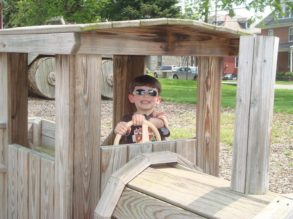 187 Amish Playground Equipment