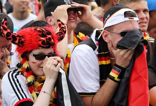 hinchas alemanes lloran