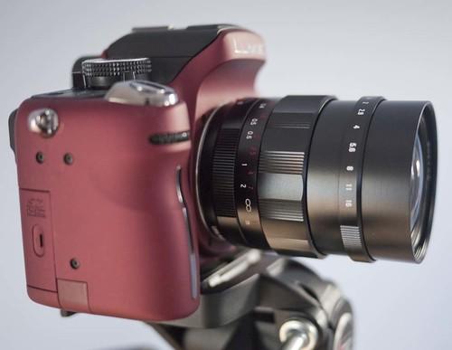 Voigtlander Nokton 25mm f/0.95 GH1
