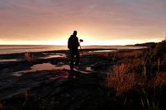 Sunset (evisdotter) Tags: sunset evening sunsetlight cliffs klippor man photographer sea reflections hammarudda åland