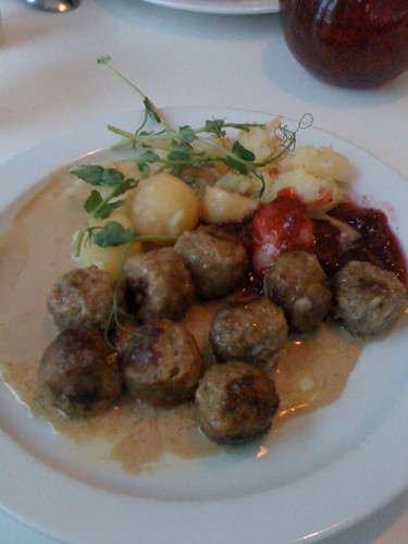 kottbullar/swedish meatballs at skansen