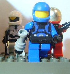 73_Spartans (Alexander's Lego Gallery) Tags: shadow trooper pod marine jackal lego marathon space chief united ghost halo banshee drop troopers master human elite orbital shock hunter swallow bungie command prophet nations grunt spartan mongoose warthog covenant drone tiamat arbiter unsc odst