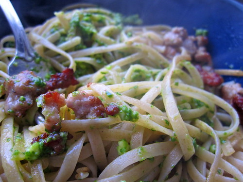epic lunch: whole wheat pasta with arugula pesto and sauteed sage sausage