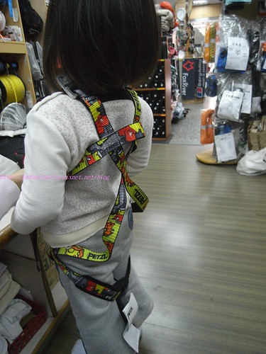 katharine娃娃 拍攝的 6kids 全身吊帶。