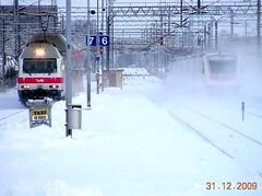 VR IC129 & S138, Turku (Pjotr I) Tags: finland turku trains rails railwaystations vr bo pendolino sr2 sm3 finnishrailways electriclocos ic129