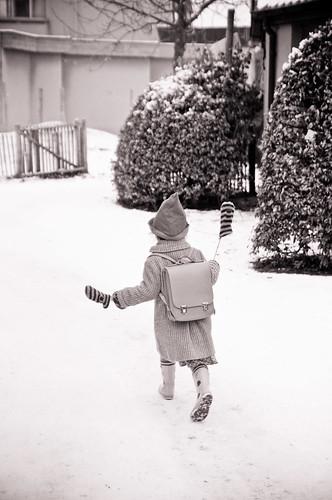 In de sneeuw naar huis