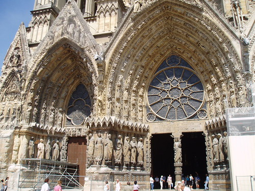 Reims Cathedral 1225 1290 The High Gothic Sculpture Is Readily Apparent At As They Cover Nearly Every Inch Of West Facade