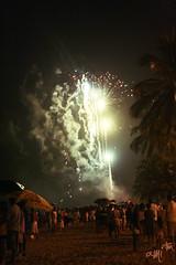happy 10! (alineioavasso) Tags: praia beach fireworks newyear anonovo 2010 fogos