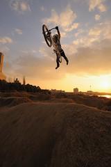 136 super man (sgym@BMX) Tags: bike bicycle sport japan jump nikon raw dirt trail mtb nikkor f28 xtreme d3 afs nishinomiya dirtjump 662 strobist inzist 1424mm
