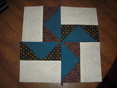Shrinking Quilters' Bee #1