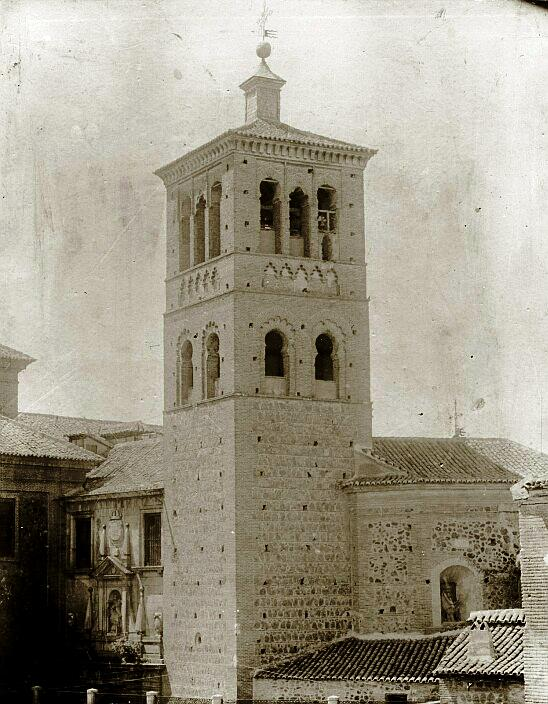 Iglesia de San Román en el siglo XIX (después de 1863). Fotografía de Casiano Alguacil. Ayuntamiento de Toledo