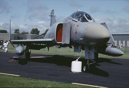 FGR.2 XV402 C Ex 56Sqdn St Athan 280691