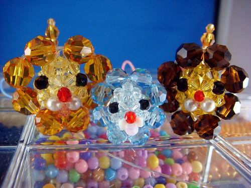 串珠水晶波堤奶油獅