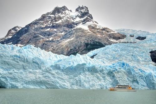 Boat at Spegazzini Glacier