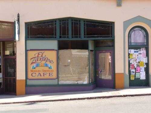 El Zarape closed down.