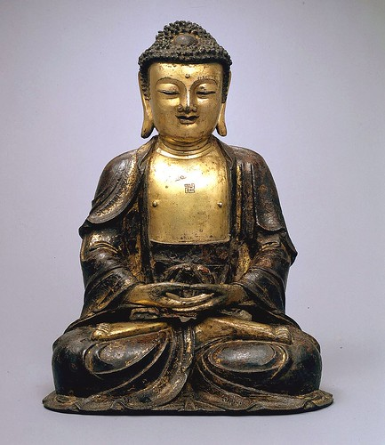 golden Chinese Buddha by trudeau