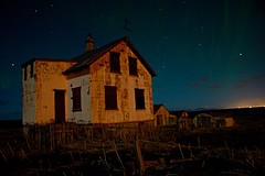 Abandoned House (Helga*) Tags: old house abandoned night stars iceland aurora helga reykjanes leiran hlmur