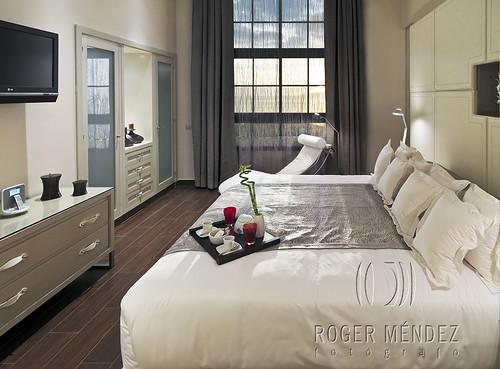 Dormitorio de la Suite 3165 Gran Meliá Palacio de Isora Vacation Club 3165 by Roger Méndez Fotógrafo