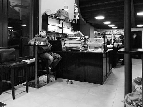 V kavarni II