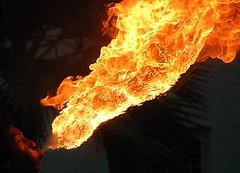 Fire breathing in Jakarta (2) (Tempo Dulu) Tags: indonesia fire jakarta firebreathing fatahillah kudalumping