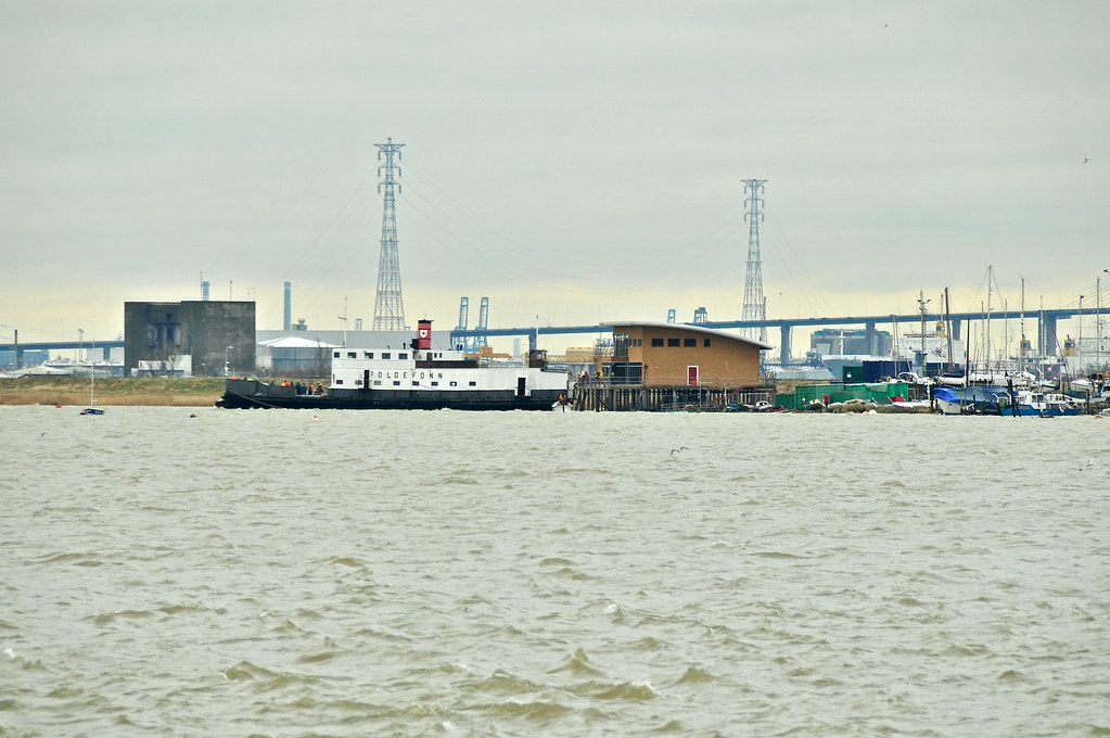 Yachts off Erith  962