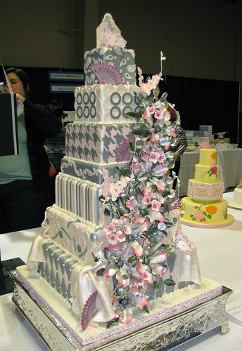 Retro Chic Wedding Cake by Edet Okon