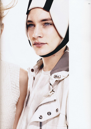 VOGUE HOMMES JAPAN4_5004_Jaco Van Den Hoven