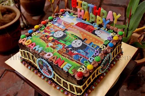 Cake Thomas 01