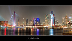 Rotterdam - Manhattan aan de Maas (DolliaSH) Tags: city trip travel bridge vacation panorama holiday holland tourism night canon puente rotterdam topf50 cityscape tour place nightshot manhattan nederland thenetherlands visit location tourist ponte explore most journey pont destination traveling brug maas visiting topf150 brcke topf100 frontpage 70200 touring willemsbrug zuidholland brucke nieuwemaas boompjes rijnmond rotjeknor maasboulevard southholland 50d 4000views nachtopname visitholland canoneos50d canonef70200mmf40lisusm dollia dollias sheombar efs70200mm dolliash anmazingnetherlands