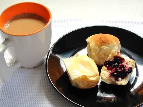 IMG_9675 Breakfast with Tea , Bun and Jam