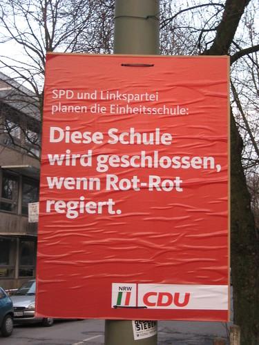 """CDU-Plakat """"Diese Schule wird geschlossen, wenn Rot-Rot regiert."""""""