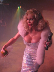 Amanda Lepore (RYANISLAND) Tags: november amanda st bar drag photo dc washington tv nw cd queen transgender lgbt tranny be glam trans 9th transexual 2008 crossdresser ts gender 8th tg transsexual ladyboy shemale amandalepore lepore heshe blondegirl 1318 genderidentity genderorientation