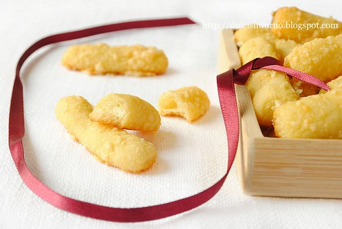 Bastoncini di Patate e  Formaggio-Cheese and Potato Sticks