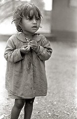 Beggar Child  e5-3c (hkoons) Tags: india girl child calcutta begger southasia northernindia