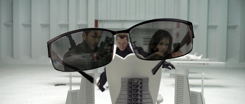 Resident Evil Afterlife Wentworth Miller Ali Larter lentes