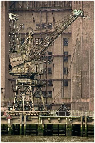 London Battersea crane