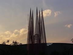 gigantes en cu (Mex::::::Gabriel:::Parker::::::Arg. 2016 images) Tags: atardeceres susets estructurasmetalicas trilogias ciudaduniveristaria 5tatemporada gabrielparkermedina