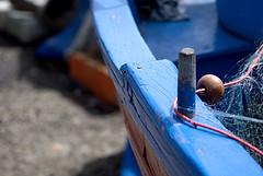 La barca e la rete (squavi) Tags: barche pesca acitrezza cantierenavale sicilianit flickrsicilia vitadiporto