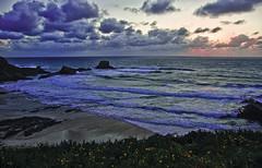 Atardecer luso (precognos) Tags: sunset summer sky beach portugal atardecer see mar playa nubes verano hdr