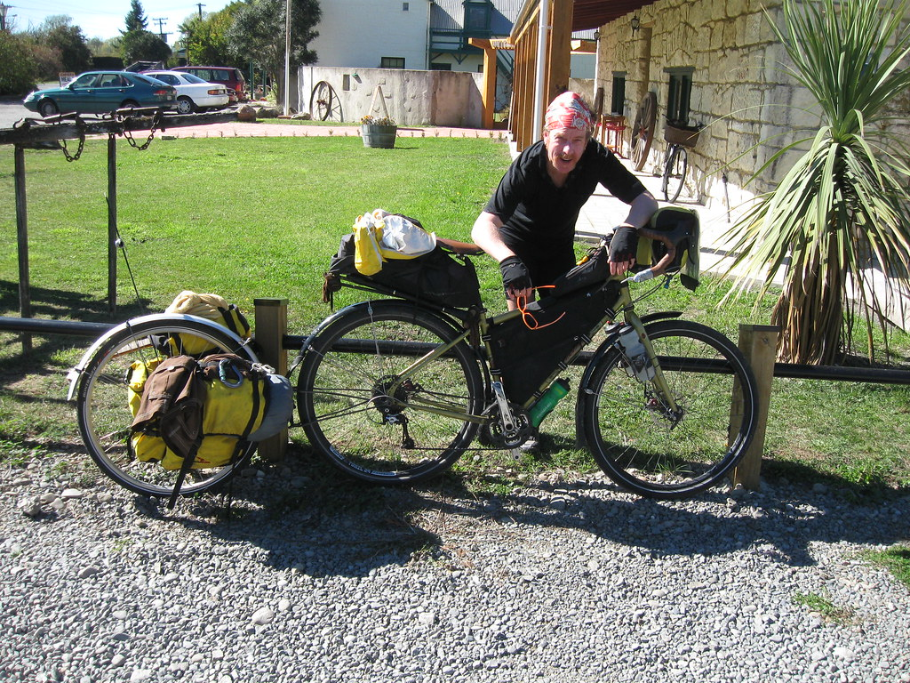 Bicycle Touring / unusual trailer