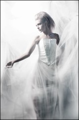 Simple Elegance (Von Wong) Tags: white goddess clean glamor c12