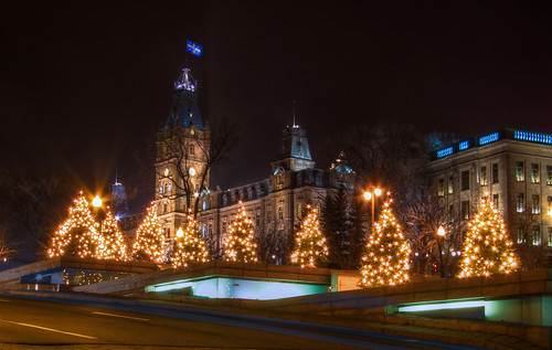 Chrismas Parliament - An HDR of the Quebec Parliament