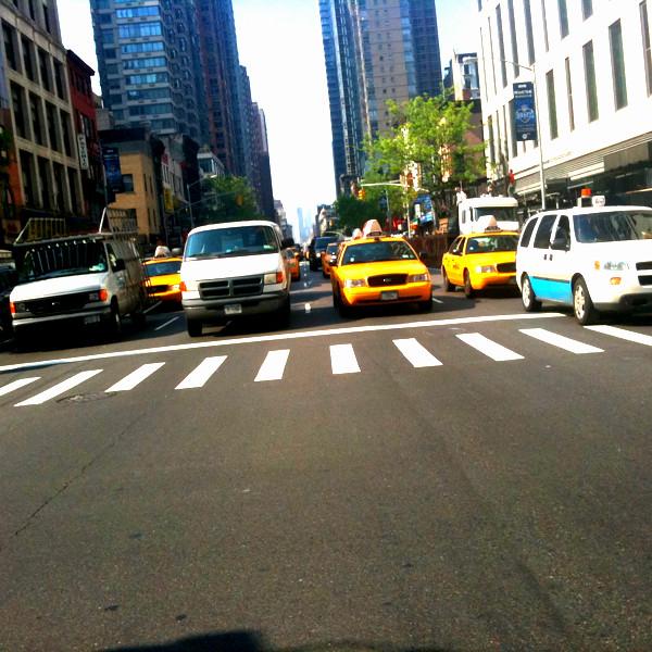 heavy traffic with Obama in town #walkingtoworktoday