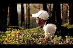 I love spring (Paolo Martinez) Tags: selfportrait blur hat self frames paolo bokeh outdoor 18200mm peopleenjoyingnature