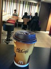 マックでカフェラテ