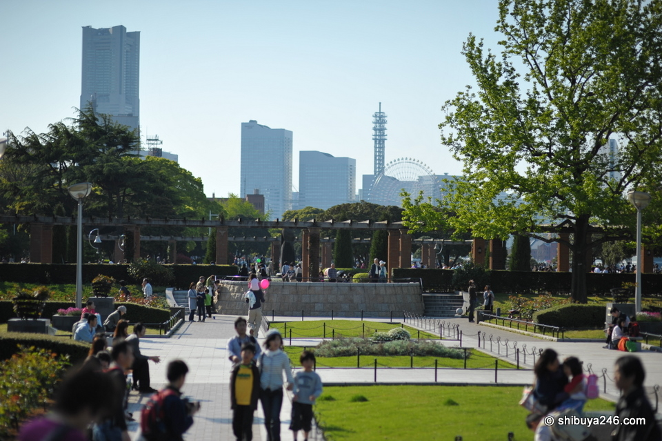 You can see some of the Minato Mirai buildings in the background here across the park.