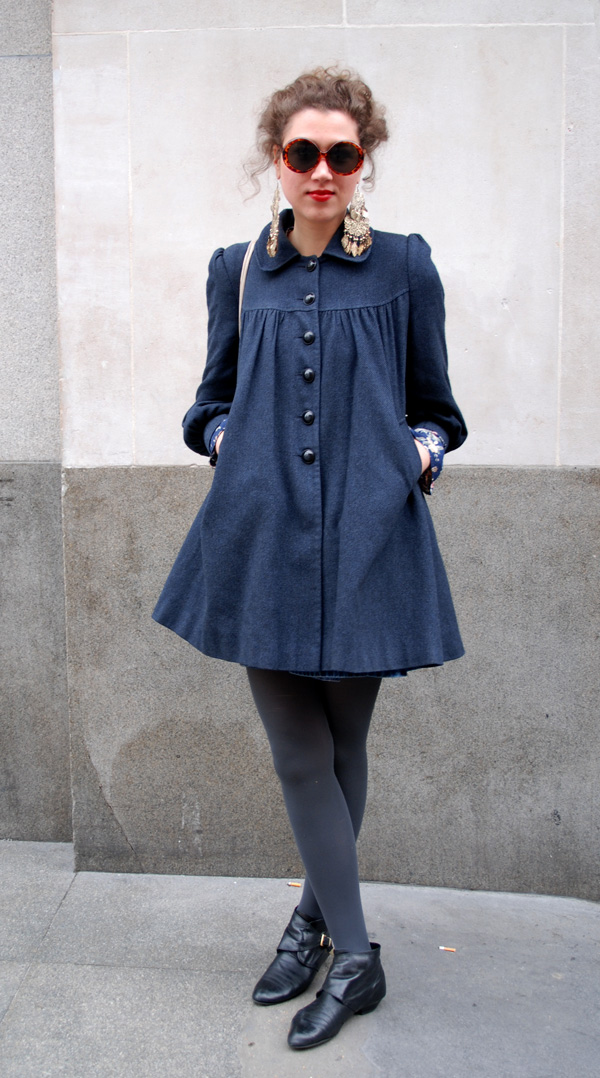 London Style: Regent Street. vintage_look. Vintage looking coat from Primark