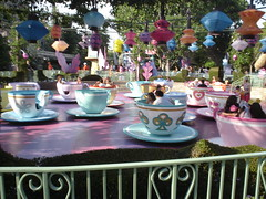 "Disneyland presents Mad Tea Party (Charles ""The Disney Genius"" Brown) Tags: california disneyland anaheim fantasyland aliceinwonderland madteaparty alicesteaparty madhattersteacups"
