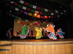 Silver Dollar City - Branson, MO (Adventurer Dustin Holmes) Tags: show mexicana dance dancers danza performance mo mexican missouri shows branson internationalfestival performances 2010 sdc silverdollarcity worldfest worldfestival internationalfest calpulli calpullimexicandance